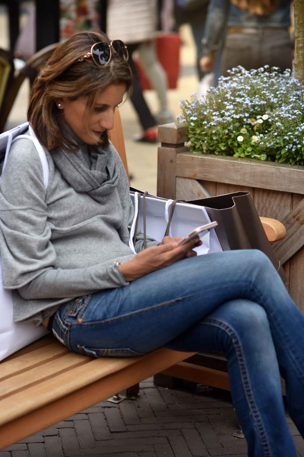 Jjill cashmere kimono sweater, Jill cashmere infinity scarf, Designer Outlet Roermond, Netherlands. Photo: Nicola Nolting, image©sourcingstyle.com
