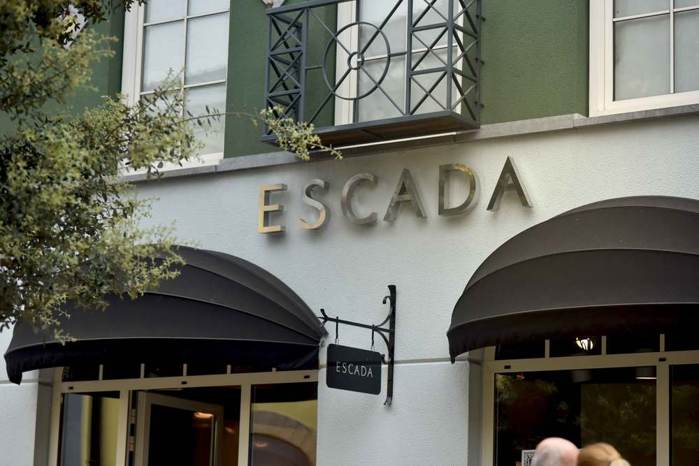 Escada, Designer Outlet Roermond, Netherlands. Photo: Gunjan Virk, image©sourcingstyle.com