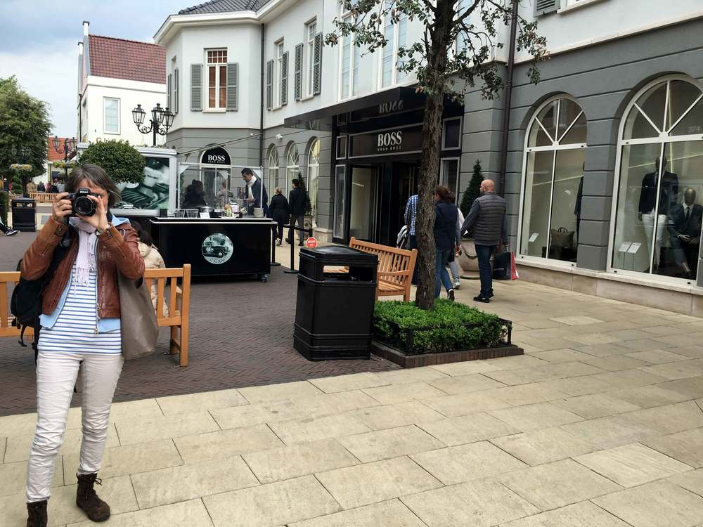 My friend Nicola, the photographer! Designer Outlet Roermond, Netherlands. Photo: Gunjan Virk, image©sourcingstyle.com