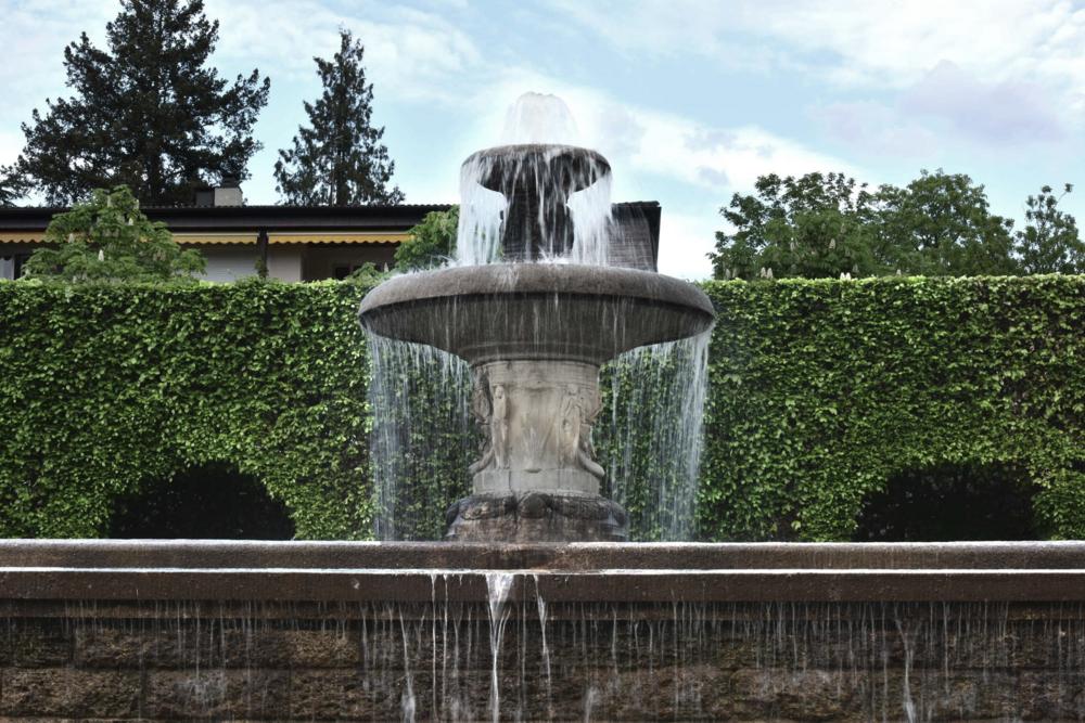 Gönneranlage, water fountain, Baden Baden, Germany. Image©sourcingstyle.com