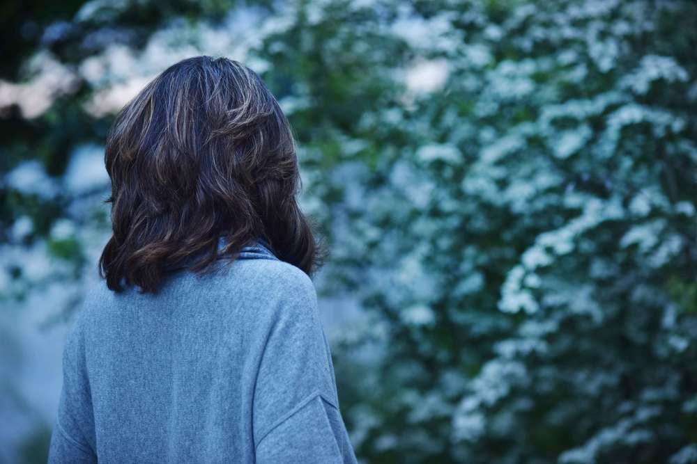 JJill cashmere kimono sweater. Image©sourcingstyle.com, photo: Nicola Nolting