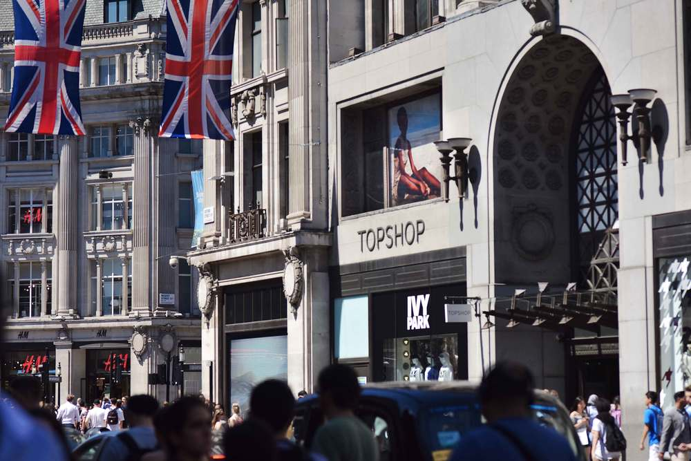 Oxford Circus, Topshop, London. Image©sourcingstyle.com