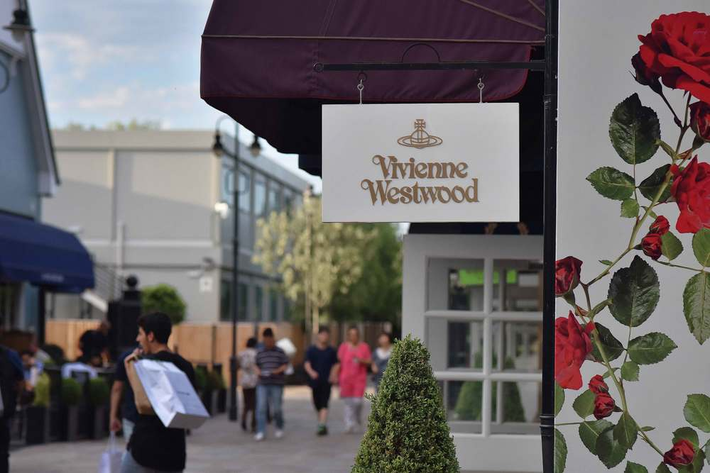 Vivienne Westwood, Bicester village, designer shopping outlet near London, UK. Image©sourcingstyle.com