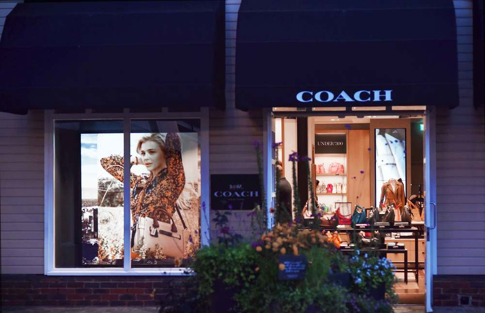 Coach, Bicester village, designer shopping outlet near London, UK. Image©sourcingstyle.com
