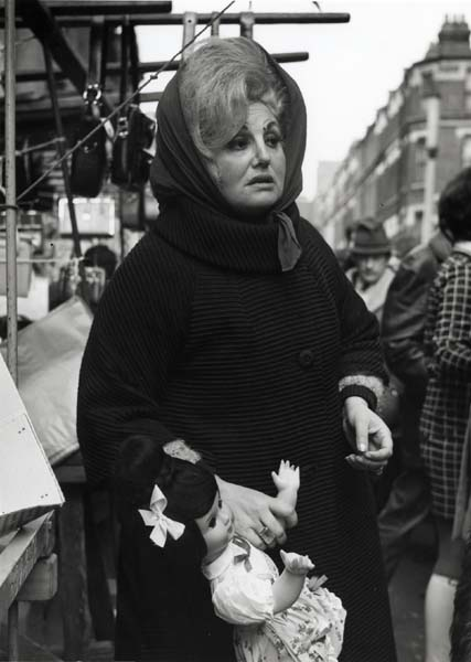 Market stall in Islington_copyright ∏ Dorothy Bohm
