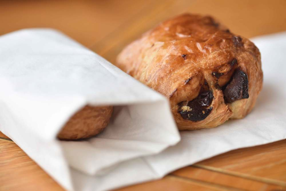 How to pack chocolate croissants, breakfast buffet, Mercure hotel, Inverness, Scotland. Image©sourcingstyle.com