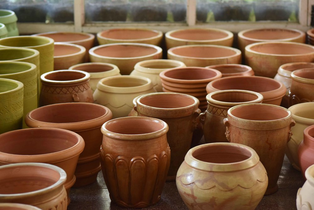 Terracota pots from Rajasthan, India, Geeta's & Dipti's exhibition. Image©sourcingstyle.com