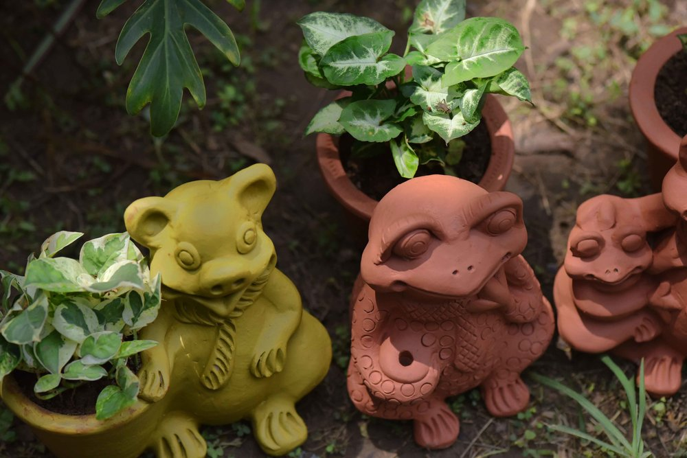 Terracota pots from Rajasthan, India, Geeta's and Dipti's exhibition. Image©sourcingstyle.com
