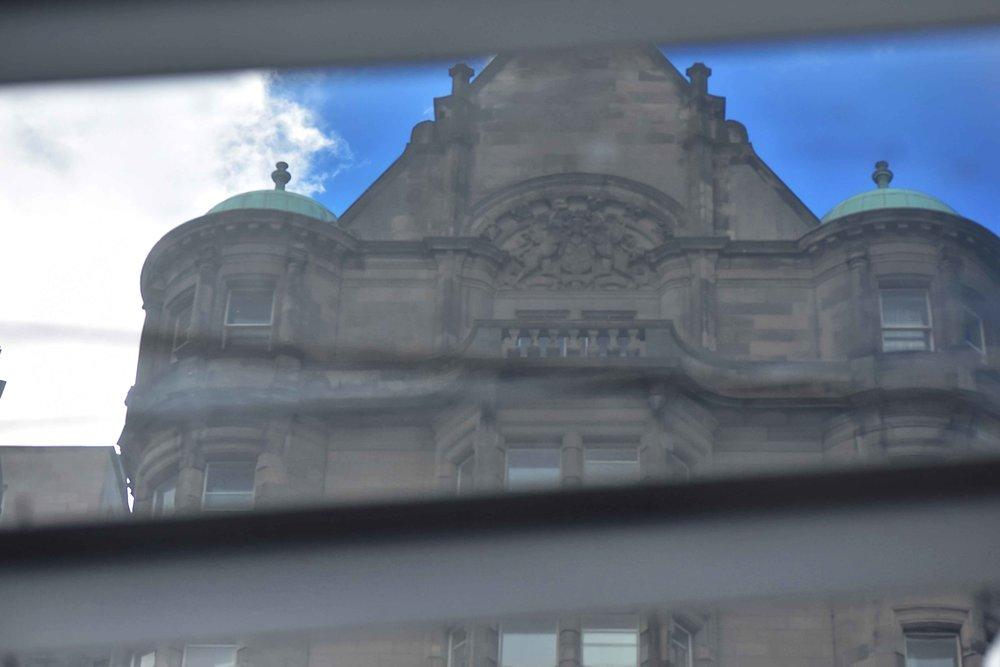Edinburgh Waverley, image©sourcingstyle.com