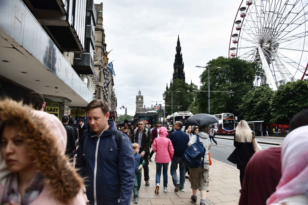 Princes Street, Edinburgh, Scotland. Image©sourcingstyle.com