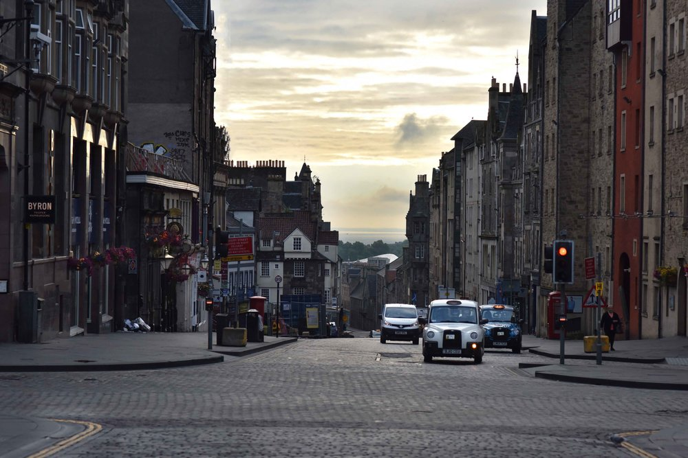 Old Town, Edinburgh, Scotland. Image©sourcingstyle.com