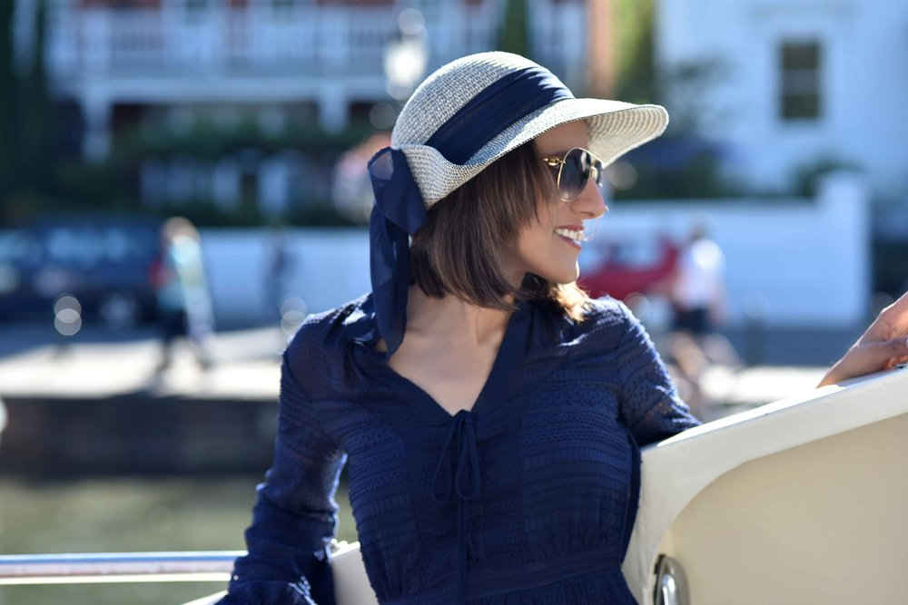 Henley on Thames river cruise, Karen Millen dress, Marks & Spencer hat, Gucci shades. Image©sourcingstyle.com