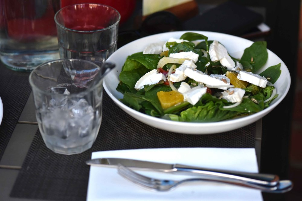 Salad lunch, Henley on Thames. Image©sourcingstyle.com