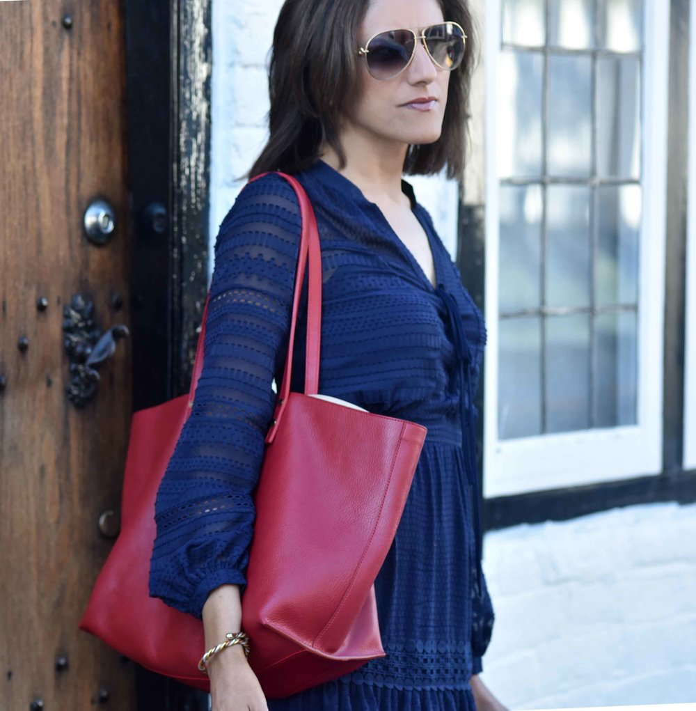 Henley on Thames, Karen Millen dress, red Chloé tote bag, Gucci shades. Image©sourcingstyle.com