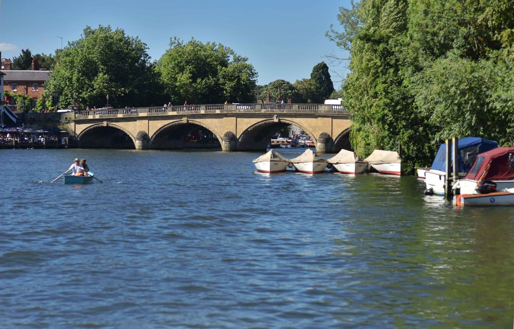Henley on Thames river cruise. Image©sourcingstyle.com