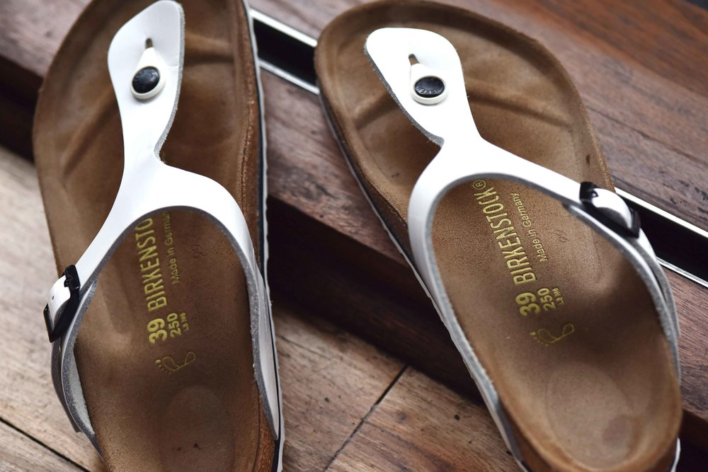 Birkenstock slippers. Image©sourcingstyle.com