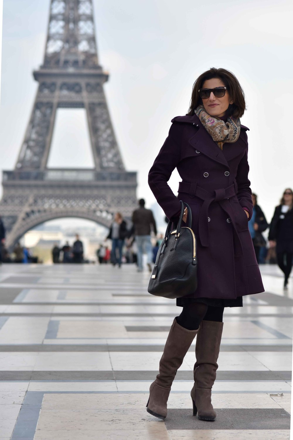 Karen Millen fall winter coat, Karen Millen boots, Burberry bag, Gucci sunglasses, Eiffel Tower, Paris. Image©sourcingstyle.com