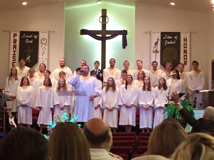 A Special Sunday with the Youth Choir Singing! A very talented group of young people.  We are so proud of our youth.