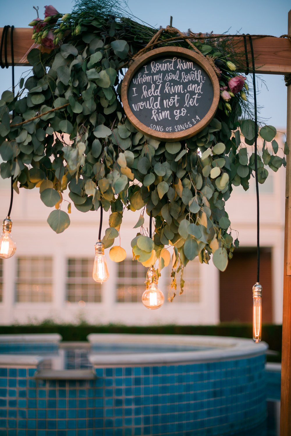 riverside-southern-california-wedding-photographer-ica-images-succulent-decorations-green-gold-bible-verse