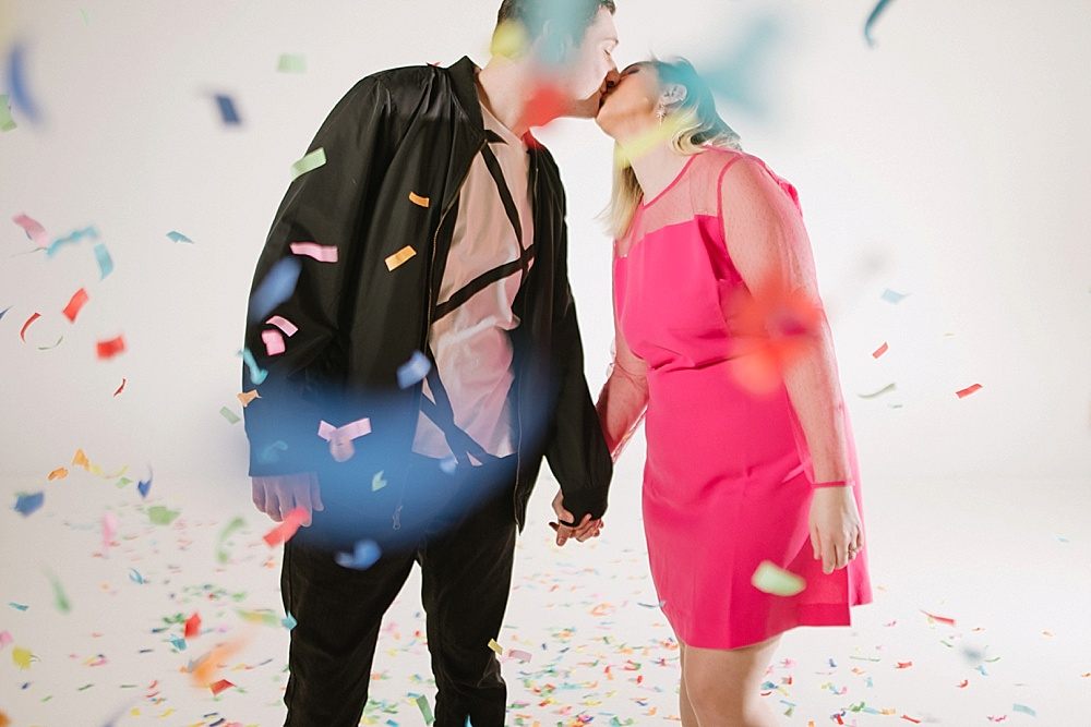 virginia-photographer-confetti-engagement-session-kiss