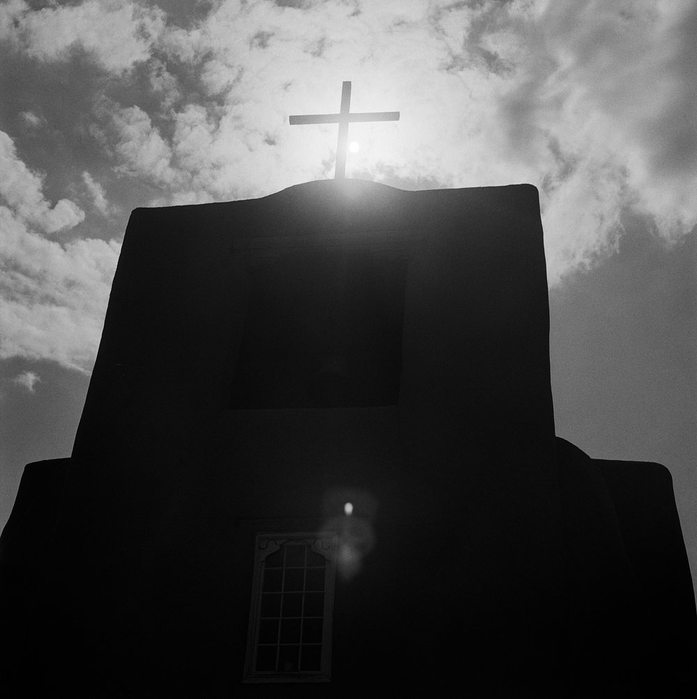 Into the West 2018 b&w (2 of 8).jpg