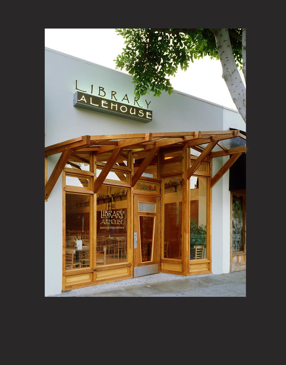 Library Alehouse Santa Monica Main Street elevation                   images © joshua white photography