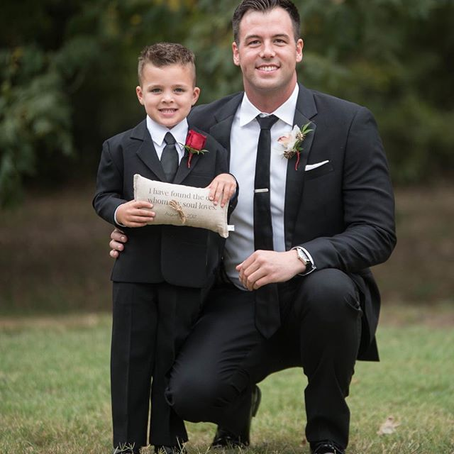 Thank you @abepps44 for sharing this beautiful photo! Thank you for allowing us to be a part of your special day! And how cute is that ring bearer! What a handsome photo! . . . . . . . . #loveourcustomers #thanksforsharing #weddingphotography #ringbearerpillow #wemadethat #handsome #EppersonEverAfter #etsysellersofinstagram #etsyweddings #weddingdetails #love #life #beautiful #linen #etsylove #etsyshopowner #madeinogden #tdrhandmadestudio #thedecoratedroom #handmade