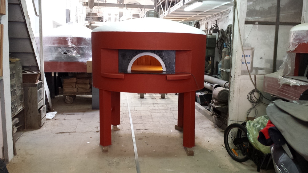 Ca'Momi's Pizza Oven, before mosaic begins