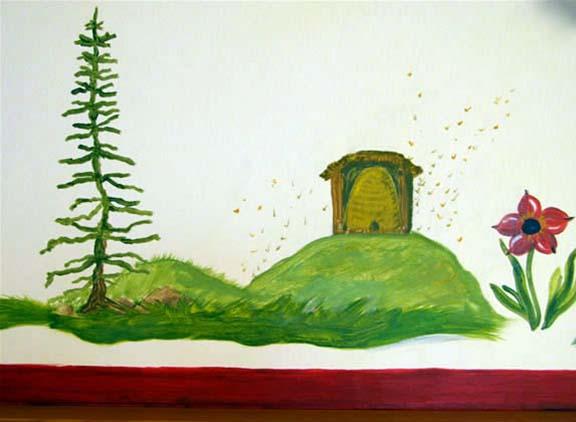 2006 Alpine Animals Child's Bedroom Detail Honeybees Sugarbowl, CA.jpg