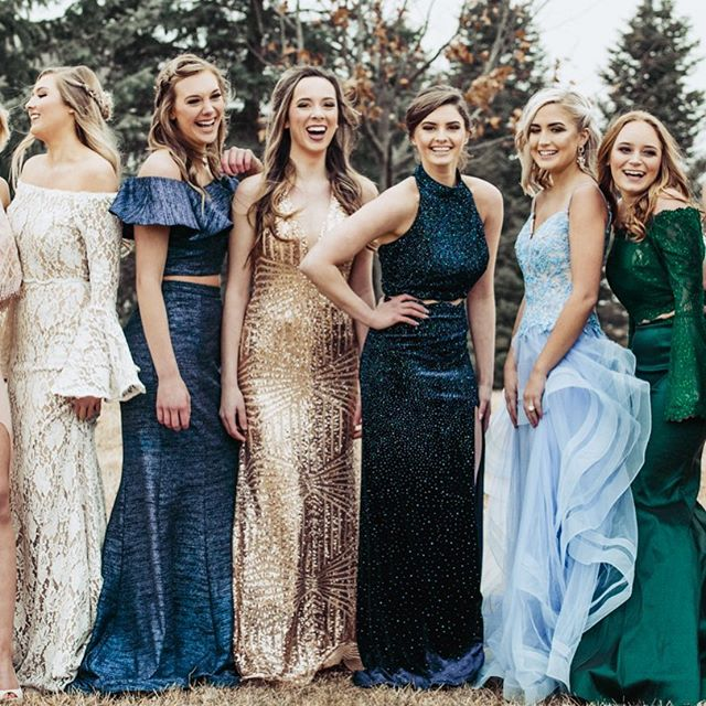 ✨ PROM IS HERE & OUR BOOKS ARE FILLING FAST! Book your PROM GLAM with us today!  Hair & Makeup by @salonforwomen  Photo by @elliotblairj  Dresses by @blacktiewhitesatinprom  #millardwest #millardnorth #millardsouth #elkhornsouth #burkehighschool #fremonthighschool #prom2018
