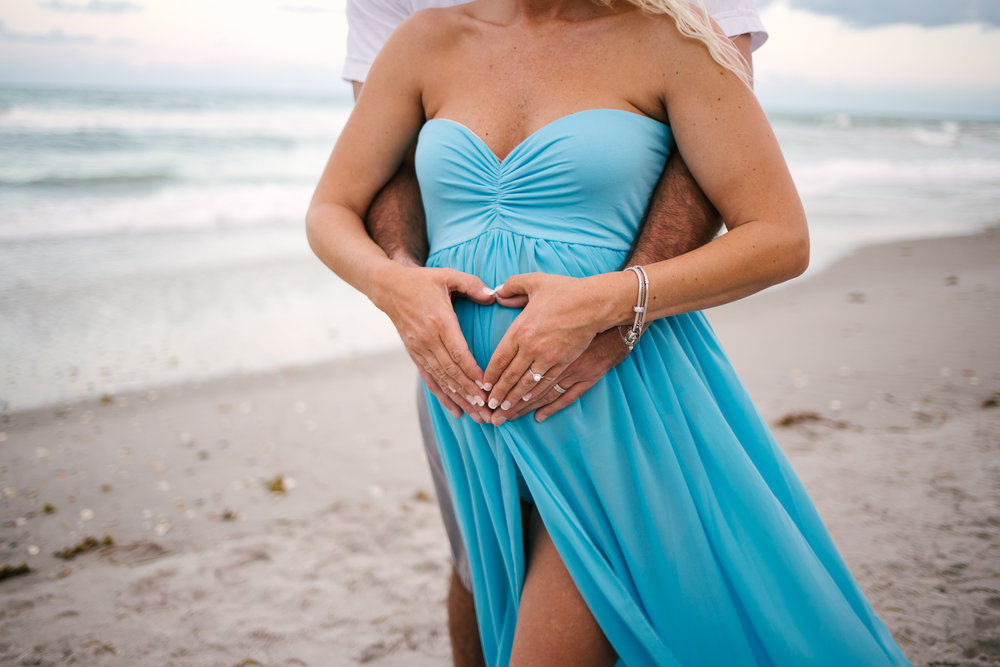 melbourne-beach-florida-maternity-photographer-kimberly-hoyle-photographer
