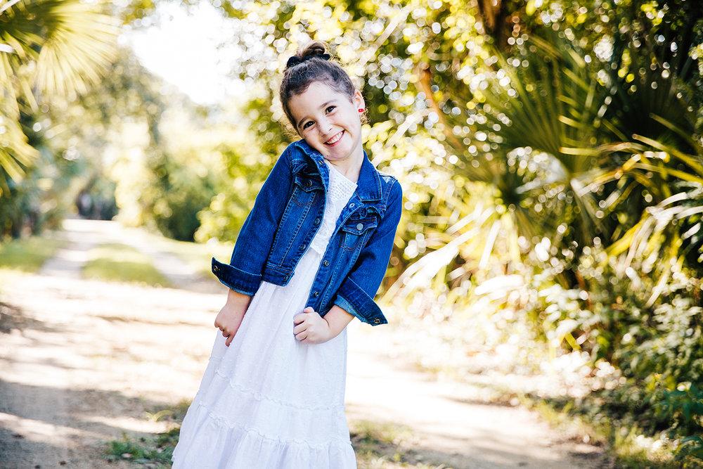 daughter-posing-dirt-road-melbourne-florida.jpg