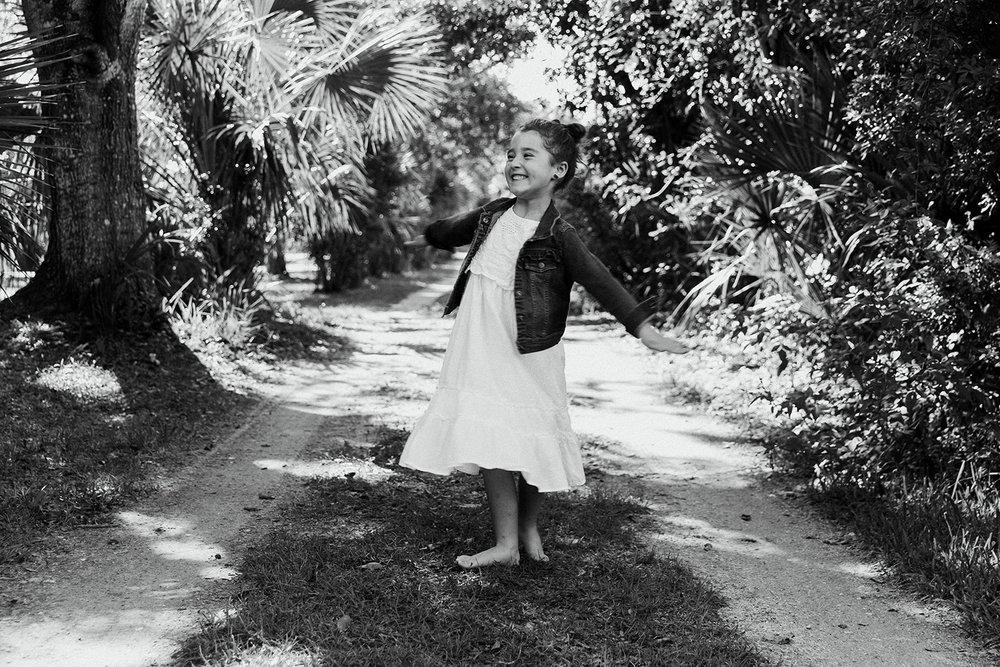 girl-spinning-portrait-melbourne-florida-02.jpg