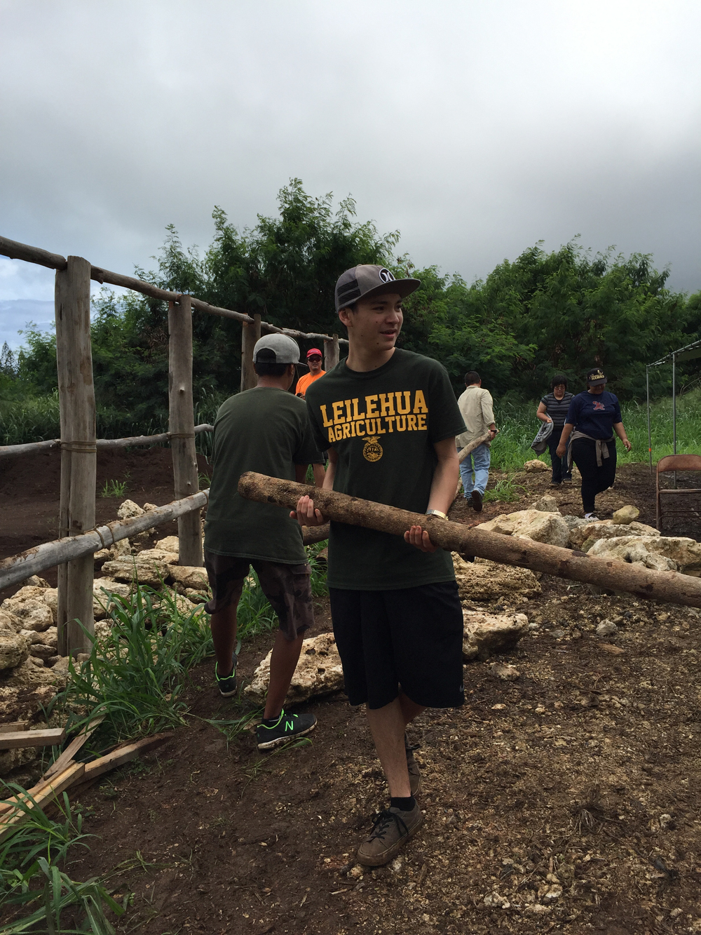 Students experience service learning by building a Hale