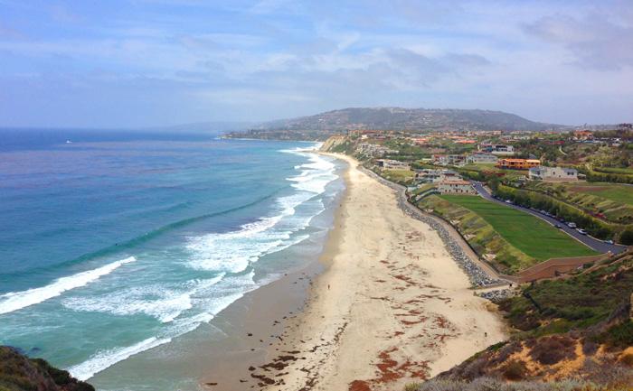 Dana_Point_Coastline.jpg