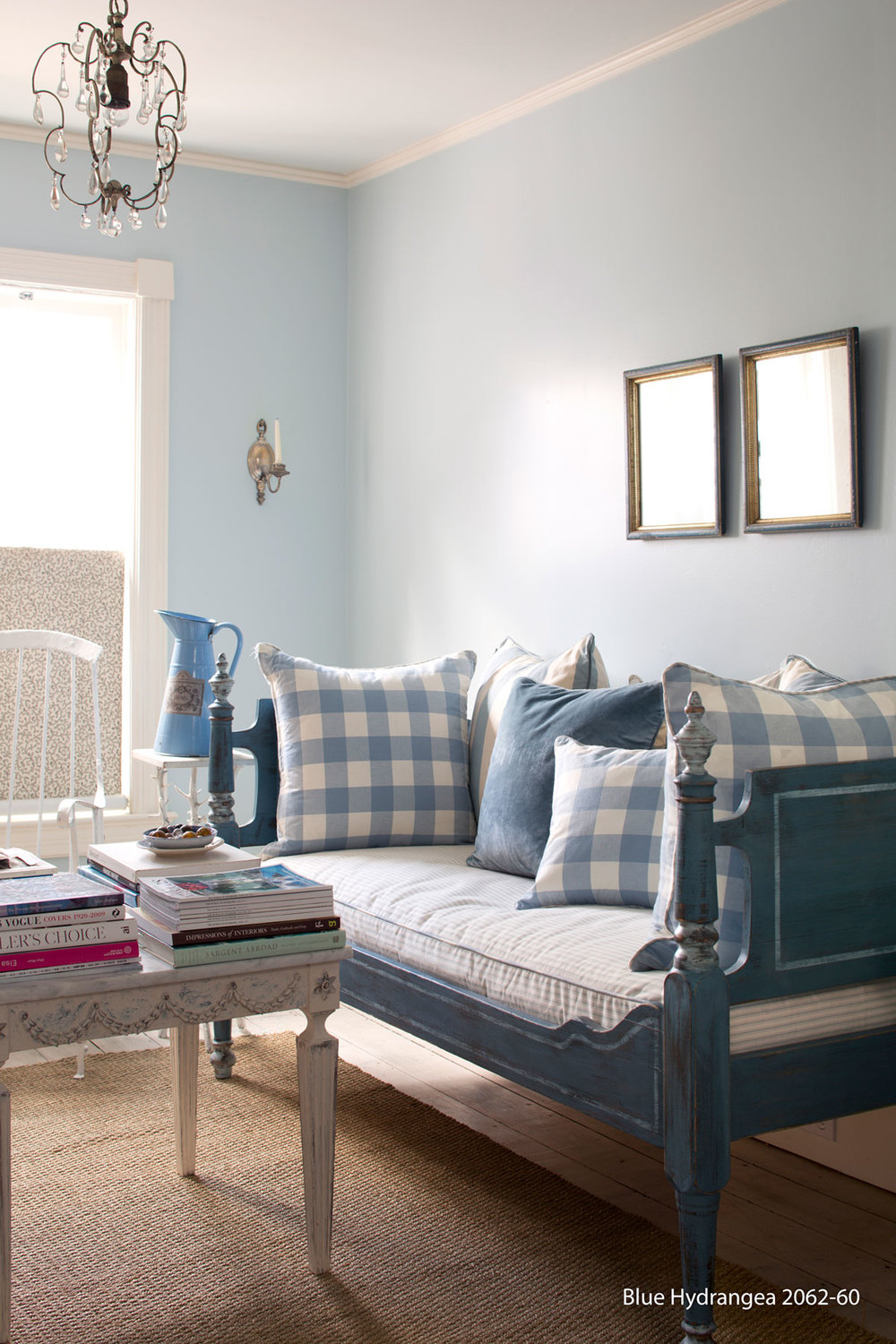 bedroom_bluehydrangea2062_60-2.jpg