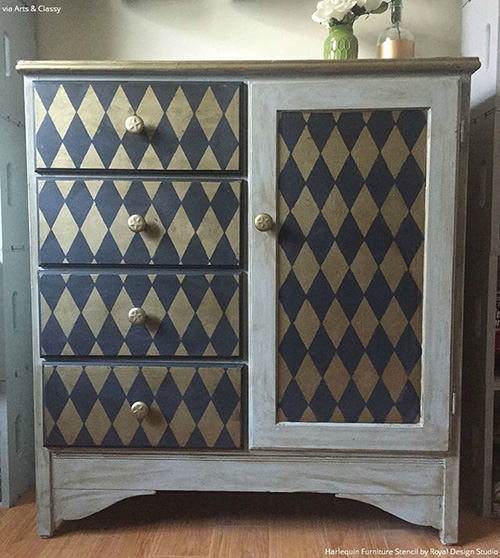 6208 Small Harlequin Furniture.jpg