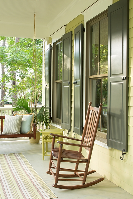 SIDING & SHUTTERS: Regal Select Exterior FLOOR: ARborcoat Solid