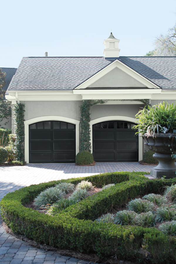 Garage_Image_with_Driveway.jpg