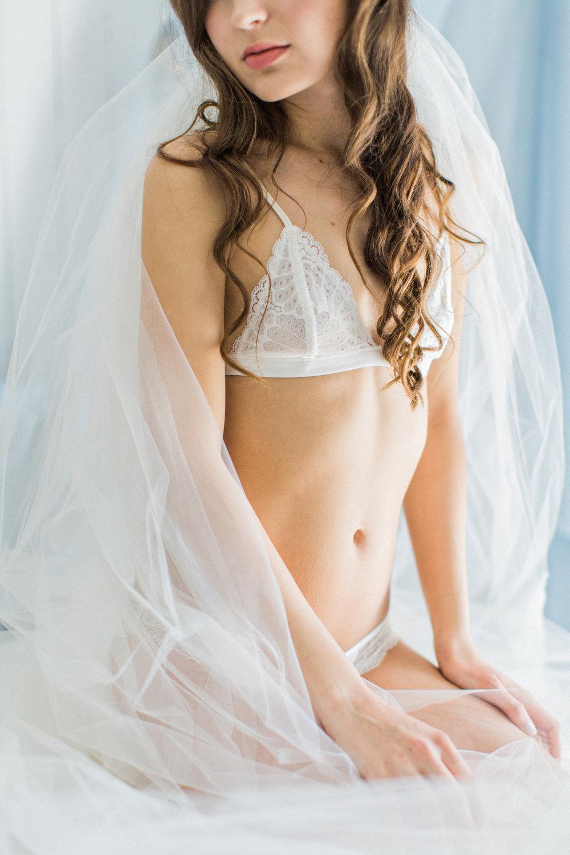 Caroline Boudoir036.jpg