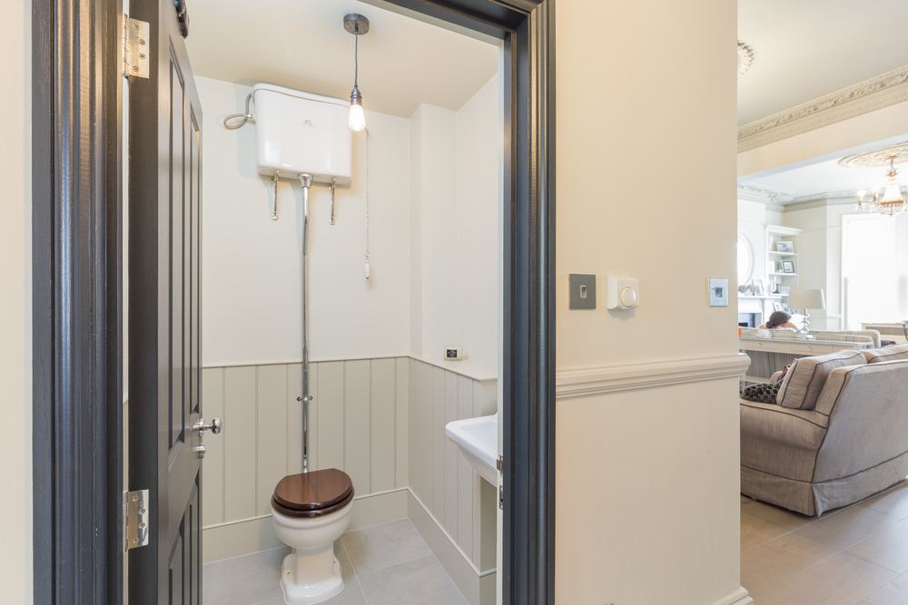 Rossiter Road 100-Bathroom1-Edit.jpg