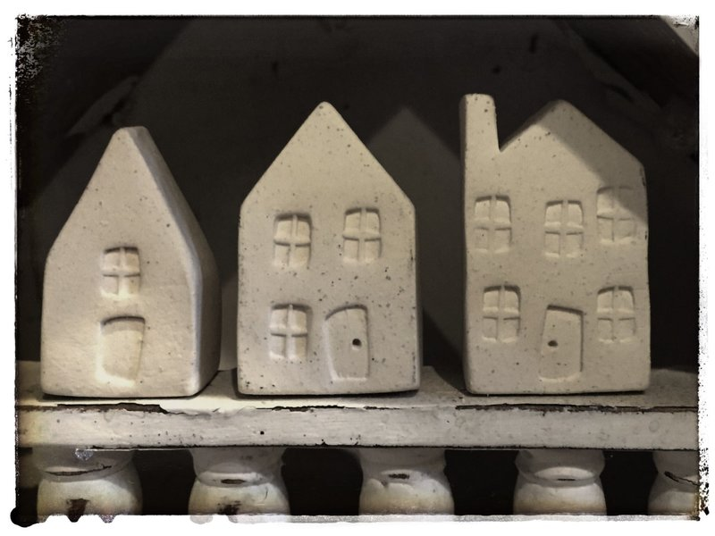 Little ceramic houses.