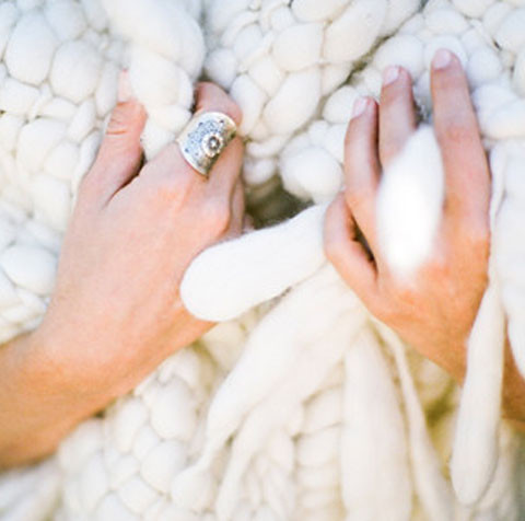 cozy blankets & cozy throws for winter