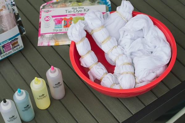 Tulip tie-dye supplies
