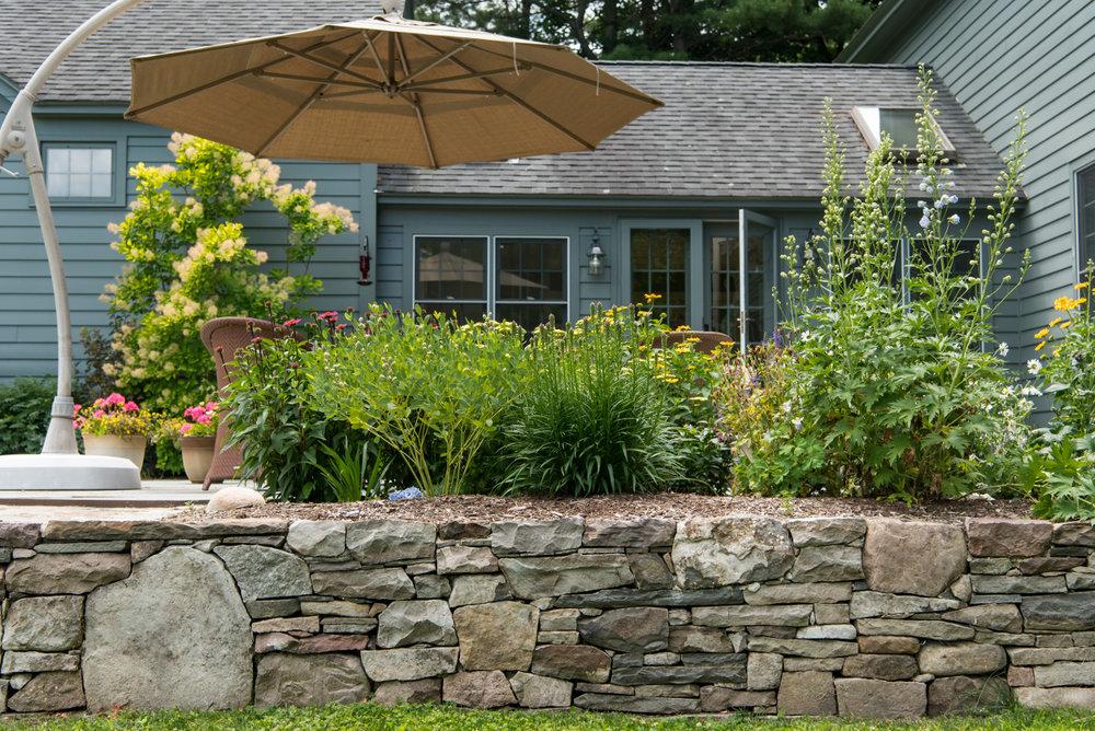 stone work landscaping.jpg