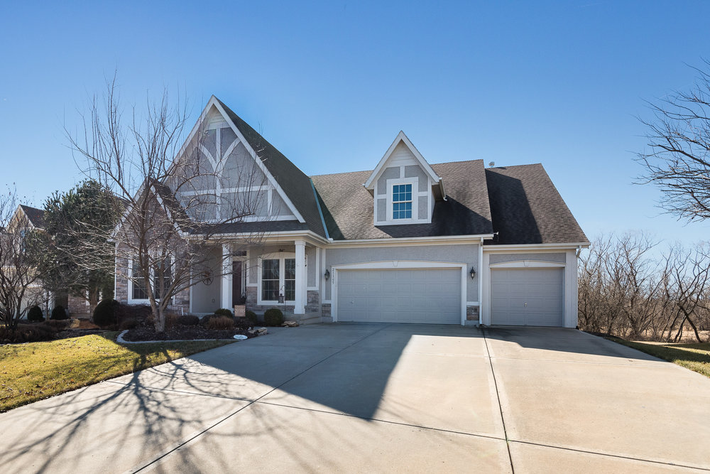 21105 W 61st | Hills of Forest Creek