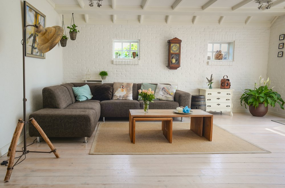 With a clean airy feel, this living space hones  Open Concept  yet still homey and cozy.