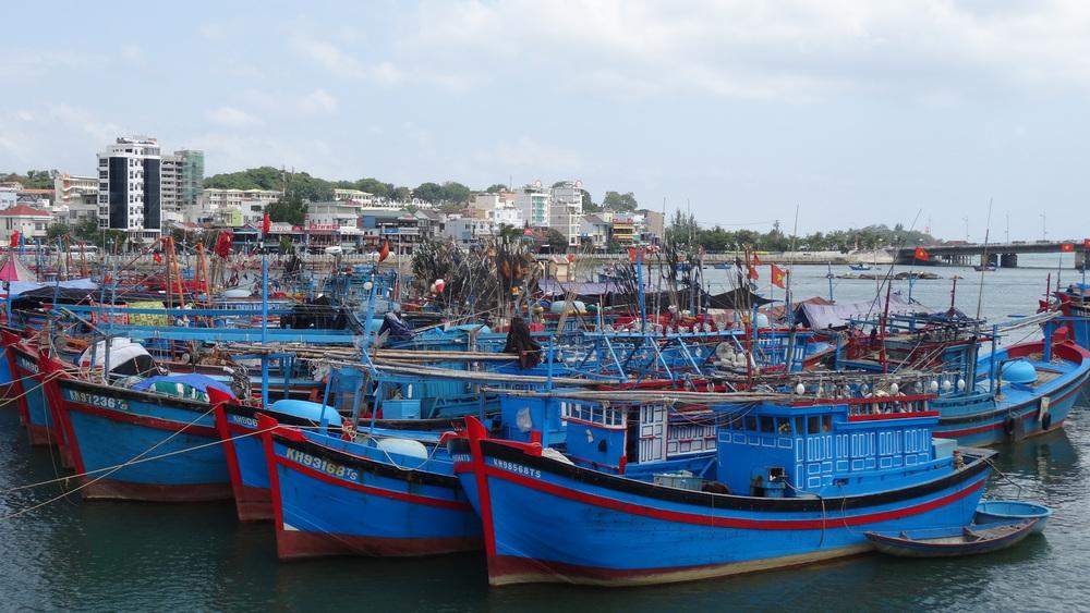Small fishing neighborhood within Nah Trang.