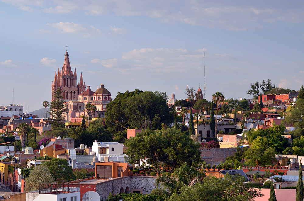 Uncork - Rosewood San Miguel
