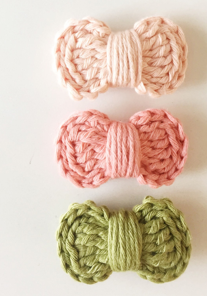 crochet mini bows